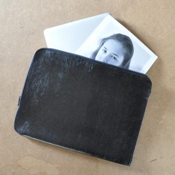 POCHETTE ORDINATEUR, cuir noir