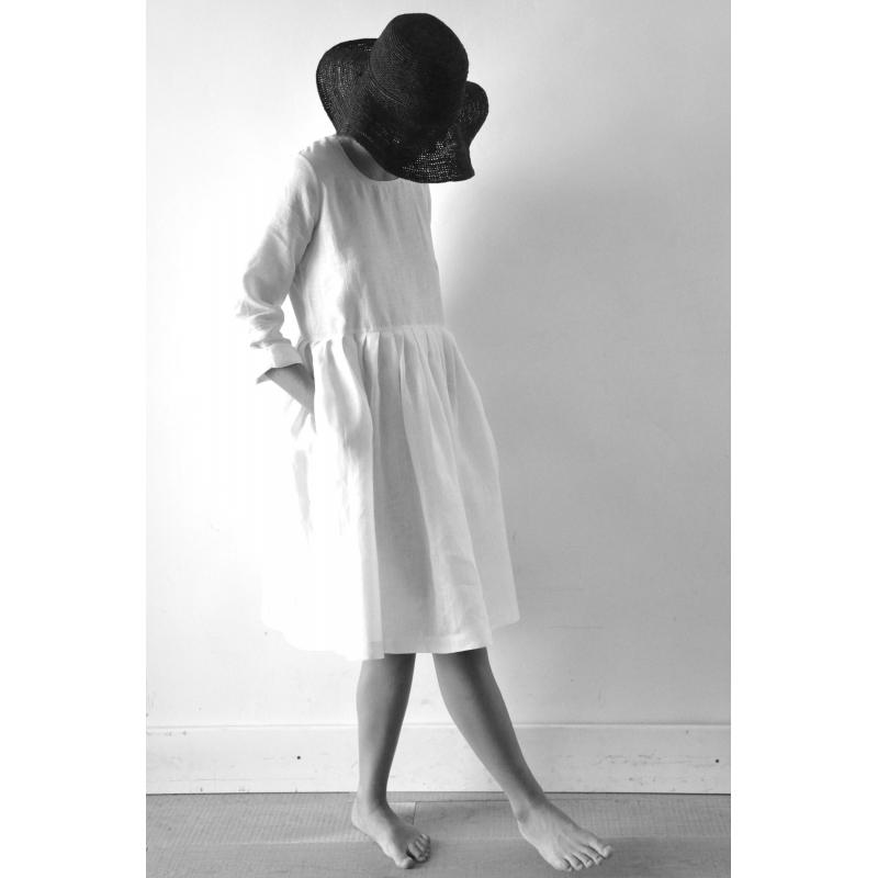 Le célèbre Robe à plis manches longues Uniforme, lin blanc #HI_95