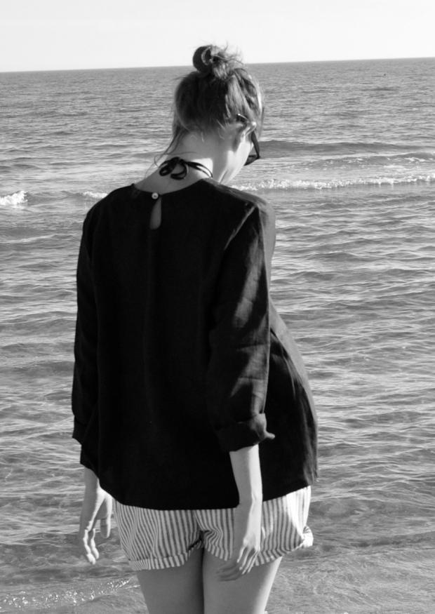 Uniform long sleeves blouse, black linen