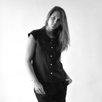 Uniform short sleeves shirt, black linen