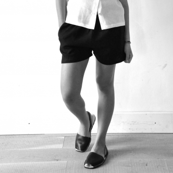 Uniform short, black linen