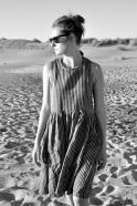 Robe à plis sans manches Uniforme, lin rayures sombres