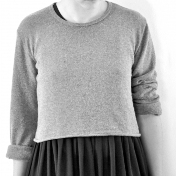 Uniform short pullover, grey thick knit
