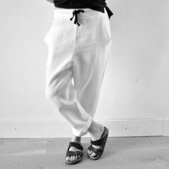Pantalon droit Uniforme, lin blanc