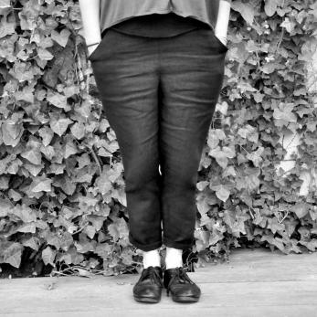 Pantalon droit Uniforme, lin épais noir