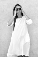 Robe évasée manches longues, soie blanche