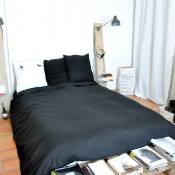 Duvet cover, black linen