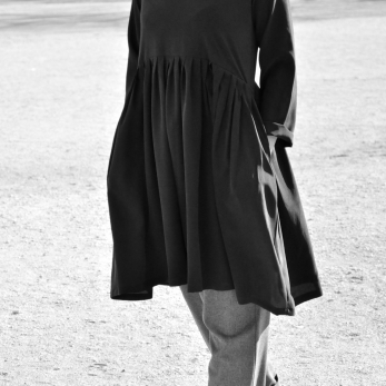 Pleated dress,  long sleeves, black silk