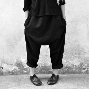Pantalon sarouel, lainage noir