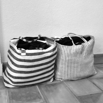 Squared bag, light stripes linen
