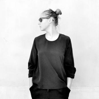 Long sleeves blouse, black silk