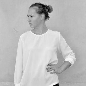 Long sleeves blouse, white silk