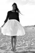 Robe à plis manches longues bicolore, lin noir et blanc