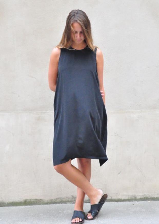 Flared dress, sleeveless, black silk