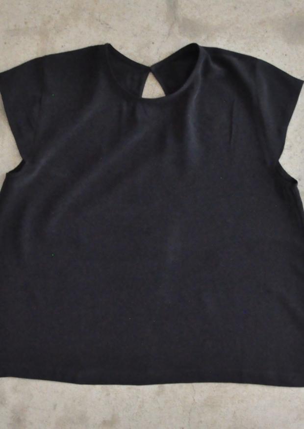 Short sleeves blouse, black silk
