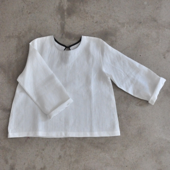 Uniform long sleeves blouse, white linen