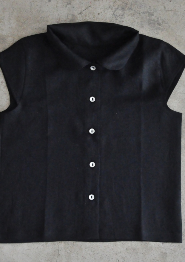 Uniform short sleeves shirt, black linen
