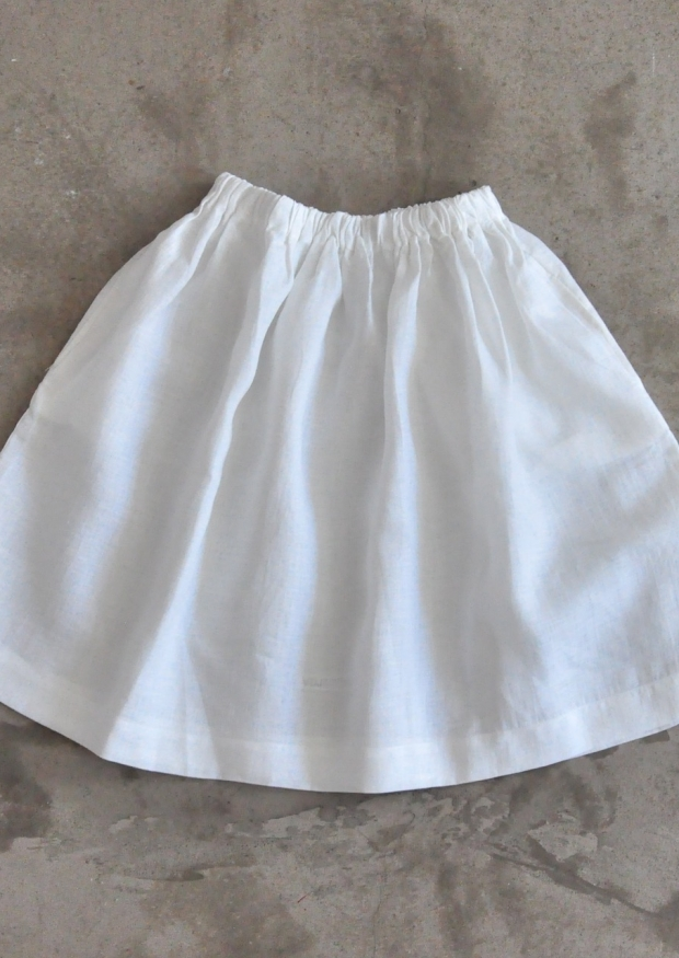 Jupe Uniforme, lin blanc