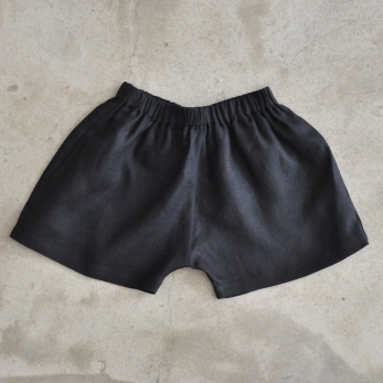 Short Uniforme, lin noir