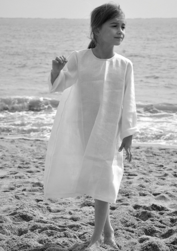 Uniform flared dress, white linen