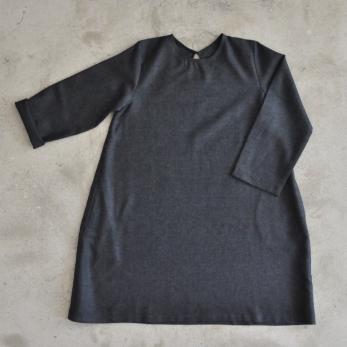 Robe évasée manches longues, lainage gris sombre