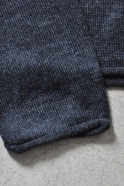 Pull court, maille gris sombre