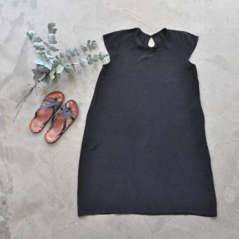 Flared dress, short sleeves, black silk