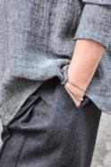 Chemise à plis, lin gris