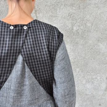 Apron-dress, gingham fine wool blend