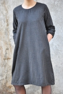 Robe évasée manches longues, lainage fin vichy
