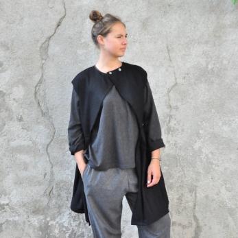 Sur-robe, lainage noir