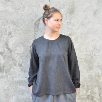 Blouse manches longues, lainage fin gris
