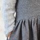 Robe à plis sans manche, lainage rayé