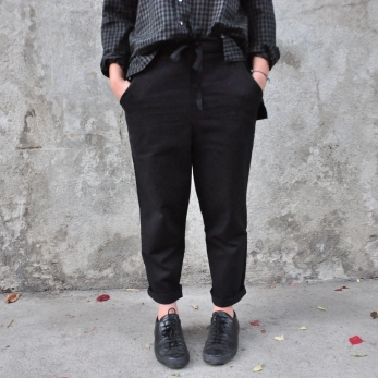 Pockets trousers, black denim