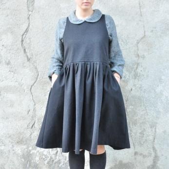Pleated dress, sleeveless, black denim