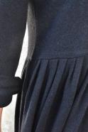 Robe à plis manches longues, maille épaisse noire