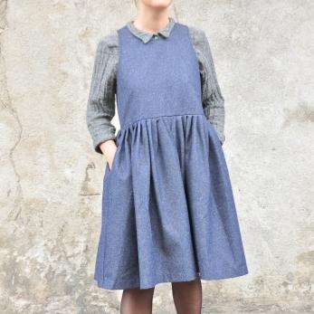 Pleated dress, sleeveless, blue denim