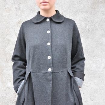 Pleated coat, heather wool blend