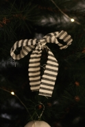 Christmas knot, light stripes linen