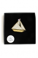 "brooch ""Sailboat"" white"