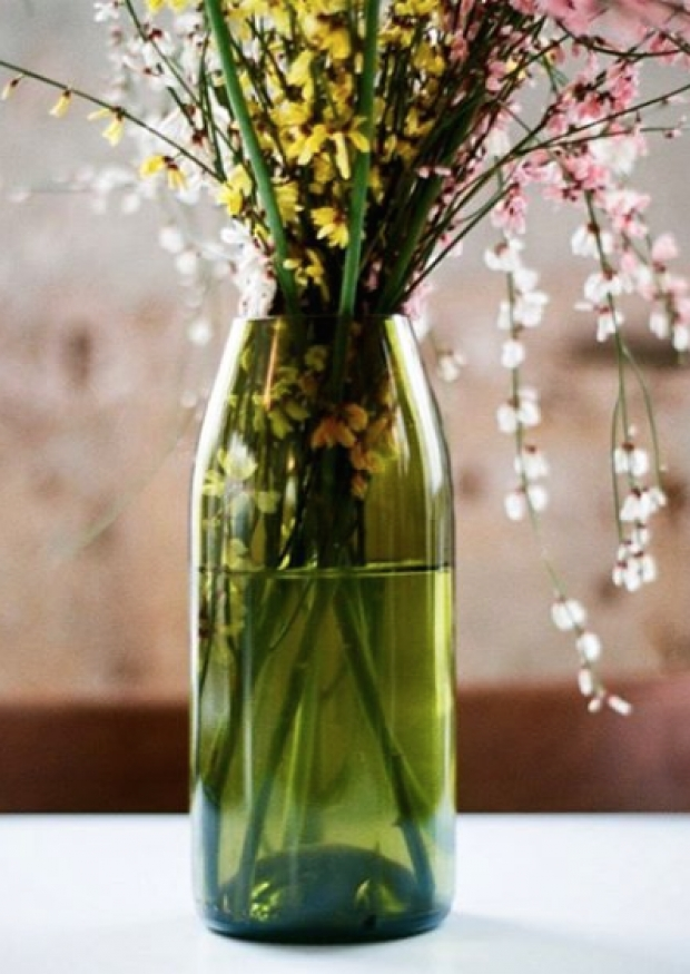 """Vase brun """"Q de bouteille"""""""