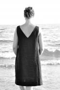 Robe dos V, lin noir