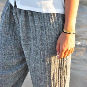 Pantalon classique, lin gris
