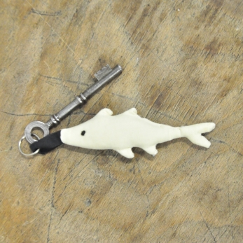 Keyring Pilchard, off white cotton