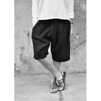 Unisex short, black heavy linen