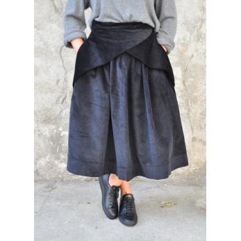 Jupe à plis, velours noir