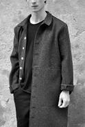 Sculptor coat, grey wool drap, raw edges