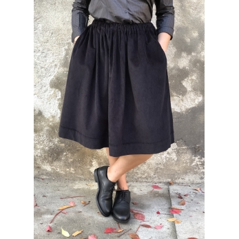 Skirt, black corduroy