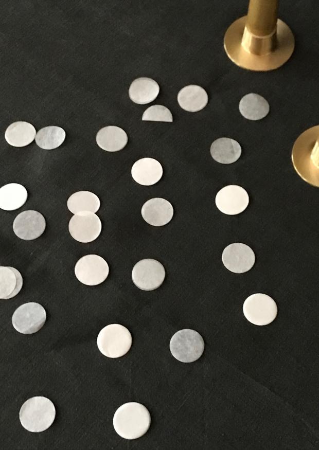 Confettis blancs