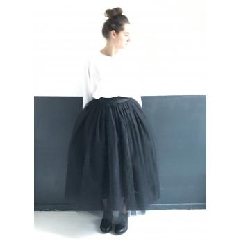 Long jupon skirt, black tulle